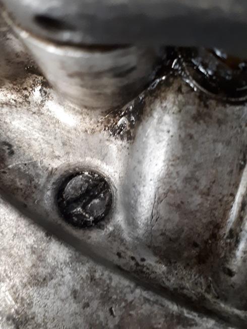 screws02.jpg